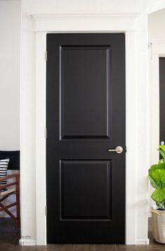 How to Add a Fancy Modern Cornice Above Your Door – Design Ideas to share with Sarah Grey Interior Doors, Interior Door Styles, Painted Interior Doors, Door Design Interior, Interior Modern, Painted Doors, Interior Painting, Replacing Interior Doors, Modern Door Design