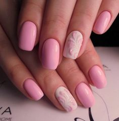 Accurate nails, Delicate nails, Monogram nails, Nails trends 2018, Pale pink nails, Pink nails with patterns, Square nails, Summer nails 2018