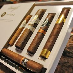 "Davidoff Cigars ""Time Out Assortment"" is ideal for aficionados who lead a life filled with commitments, but who would love to put aside a little time in their day to savour a delicious cigars."