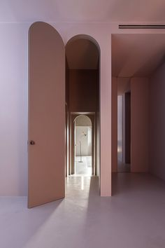 The House of Dust (Rome is a work of architecture designed by architect Antonino Cardillo: the pink archway. Photography by Antonino Cardillo. Interior Simple, Arch Interior, Interior Exterior, The Doors, Windows And Doors, Architecture Details, Interior Architecture, Art Deco, Interior Design Inspiration