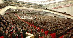 Nordkorea aus westlicher Sicht? Das sind Massenkundgebungen und Großveranstaltungen mit dem Charakter der Gleichschaltung, ...
