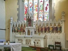 St Marys & St Michaels Catholic Church, Altar