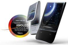 Así podrían ser los teléfonos móviles en un futuro cercano, gracias a las investigaciones en pantallas y baterías flexibles.