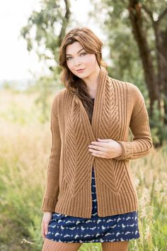 cimness: (via Ravelry: L'Acadie Cardigan pattern by Bristol Ivy) Baby Cardigan Knitting Pattern, Knitting Stiches, Knitting Patterns Free, Cardigan Sweaters For Women, Cardigans For Women, Tricot D'art, Acadie, Knitwear Fashion, How To Purl Knit