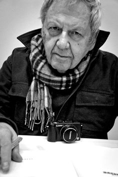 Saul Leiter (born December 3, 1923  Pittsburgh,  Pennsylvania –died  November 26, 2013 (aged 89) New York City )