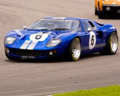 Ford Gt40, Super Sport Cars, Super Cars, Old Race Cars, Ford Shelby, Performance Cars, Car Ford, Ford Motor Company, Hot Cars