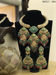 Jewelry Design, Designer Jewellery, Indian Ethnic, Necklace Designs, Jewelry Trends, Jewelry Crafts, Casual Wear, How To Wear, Pearl Necklace