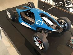 Tom Henwood has designed SINO, an electric car kit where you can build yourself. Kit Cars, Electric Car Kit, Electric Trike, Trike Kits, S1000r, E Mobility, Car Design Sketch, Buggy, Futuristic Cars