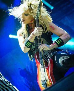 NITA STRAUSS = The Iron Maidens