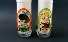 The Flintstone Kids 1986 Set of 2 Glass Cup Barney Betty Pizza Hut