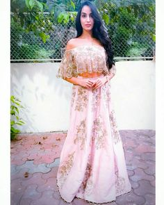 Nora Fatehi, Her Beautiful Looks and Makeup Beautiful Indian Actress, Beautiful Actresses, Nora Lovely, Bollywood Hairstyles, Brunette Beauty, Celebs, Celebrities, Indian Girls, Most Beautiful Women
