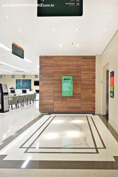 O hall dos elevadores ganhou sofisticação com o piso importado italiano que remete ao mármore Calacata. Hall idealizado por Juliana Affini. http://www.comore.com.br/?p=27150 #book #livro #interarq #revistainterarq #arquitetura #architecture #archdaily #contemporary #decor #design #home #homestyle #instadecor #instahome #homedecor #interiordesign #lifestyle #modern #interiordesigns #luxuryhome #homedesign #decoracao #interiors #interior #julianaaffini #corporativos