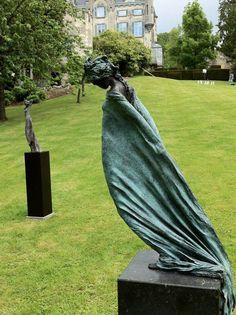 Sculptures Céramiques, Art Sculpture, Pottery Sculpture, Outdoor Sculpture, Bronze Sculpture, Abstract Sculpture, Illusion Kunst, Aesthetic Painting, Plastic Art