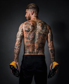 Find images and videos about tattoo, real madrid and sergio ramos on We Heart It - the app to get lost in what you love. Real Madrid Football, Football Icon, Real Madrid Players, Nike Football, Soccer Player Tattoos, Football Players, Sergio Ramos Tattoo, Ramo Tattoo, Ramos Real Madrid