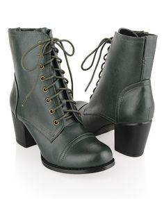 Forever 21 Medium Heel Leatherette Boots.... GREEN! GREEN GREEN GREEN!  I wanted to buy these SO bad when I was last in Forever 21!!!!