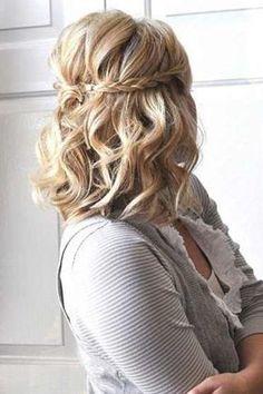 30 idées de coiffures de mariage pour cheveux mi-longs
