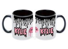 Kylie-Jenner-Boss-Drips-Lipstick-lips-Kylie-sexy-lip-Ceramic-Mug-Gift-Coffee-Cup