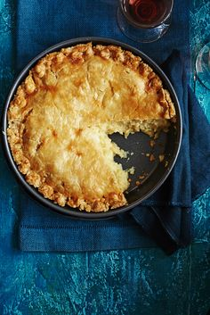Try our melting cheese and onion pie recipe. This simple pie recipe is a real winter warmer recipe. Our easy cheese pie recipe is vegetarian too Cheese And Onion Pie, Cheese Pie Recipe, Cheese Pies, Easy Cheese, Cheese Recipes, Easy Pie Recipes, Veggie Recipes, Vegetarian Recipes, Cooking Recipes