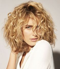 It is already the New Year and there are plenty of hairstyles that you can try out, especially when you have curly hair. There are...