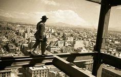 Panorámica desde la Construcción de la Torre Latinoamericana, Ciudad de México, octubre de 1951.