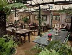 Lovely outdoor/indoor eating space- layout for an outdoor event- wedding perhaps? Petersham Nurseries Home page