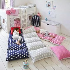 Dívčí pokoj
