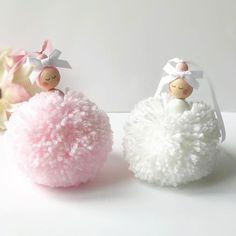 Christmas Morning Ideas For Couples - Christmas Christmas Morning, Kids Christmas, Christmas Crafts, Pom Pom Crafts, Yarn Crafts, Handmade Crafts, Diy And Crafts, Diy For Kids, Crafts For Kids