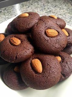 Galletitas de choco con harina de garbanzos Healthy Dessert Options, Dessert Recipes, Desserts, Gluten Free Coffee Cake, Cookie Time, Sin Gluten, Cake Cookies, Vegan Recipes, Good Food