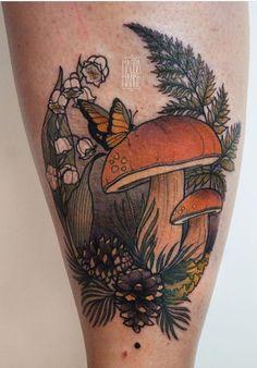 Magda Hanke mushroom tattoo