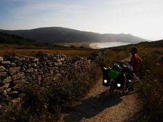 Un viaje por a Costa da Morte y un poco más .... « Foro de cicloturismo y viajes en bicicleta. Grazas amigos por pintar desta forma a Costa da Morte.