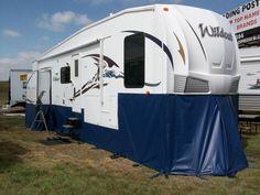Ways Pop Camper Storage. Ways Pop Camper Storage. 16 Easy Rv Storage Ideas and Hacks Best Rv organization Ideas Camping Spots, Camping Hacks, Rv Camping, Luxury Camping, Glamping, Casas Trailer, Rv Storage Solutions, Storage Ideas, Buying An Rv