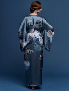 b2f4195057b Printed silk jacquard fully lined kimono blue and grey