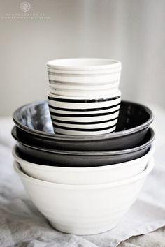 bowls y vasos de cerámica