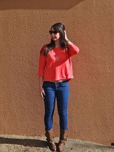 Coral Sweatshirt + Skinny Jeans + Boots