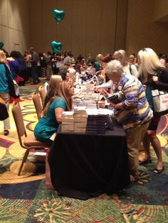 Great turnout for the Indie Book Signing! #rwa14 pic.twitter.com/1Cb3YPqhb1