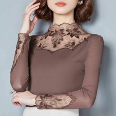 Sexy Shirts, Casual T Shirts, Casual Clothes, Chemises Sexy, Knit Sweater Dress, Women Sleeve, Blouses For Women, Lace Blouses, Autumn Fashion