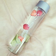 i really want to infuse my voss water with some fruit right now. ☮