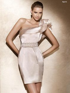 Vestido de festa luxo.