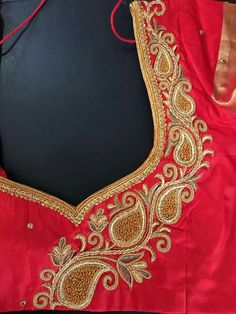 Hand Work Blouse Design, Pattu Saree Blouse Designs, Simple Blouse Designs, Stylish Blouse Design, Blouse Back Neck Designs, Fancy Blouse Designs, Bridal Blouse Designs, Embroidery Neck Designs, Embroidery Stitches