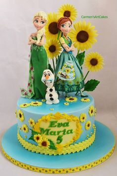 This Marvelous Frozen Fever Cake features Elsa and Anna and Olaf surrounded by yellow daisies. Olaf has just taken a bite out of the cake. Frozen Fever Cake, Torte Frozen, Festa Frozen Fever, Bolo Frozen, Disney Frozen Cake, Frozen Theme Cake, Disney Cakes, 5th Birthday Cake, Frozen Birthday Party