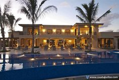 Top Honeymoon Spots 2014-2015 Mexico by Casa Bay Villas  http://www.casabayvillas.com/zone/punta-mita/