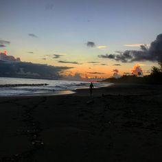 #walk #alone #pacific #ocean #hawaii #kauai #beach #sunset
