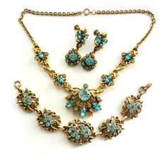Early Coro blue Rhinestones Floral demi Set  - Necklace Bracelet Earrings High-end of abt 1945s  - CORO Parure in Original Box - art.300/4-