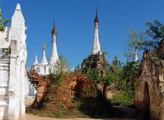 Shwe Indein. Ywama. Inle. Myanmar.  Travel photo by paraklet http://rarme.com/?F9gZi