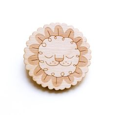 Leaf Lion - Wooden Badge / Pin / Brooch Made by Peskimo.com - £7 including postage to UK / £10 RoW