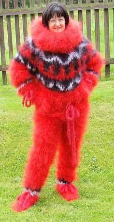 Gros Pull Mohair, Funny Outfits, Catsuit, Wool Sweaters, Overalls, Fur Coat, Jumpsuit, Pajamas, Cozy