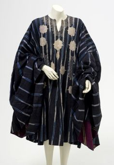 Africa | Man's tunic from the Yoruba people of Nigeria | ca. 1945 - 65