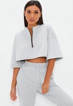 Missguided has the fiercest collection of affordable, coveted tops in the fashion universe. From crop tops & camis to shirts & bodysuits - just take a look! Cute Comfy Outfits, Sporty Outfits, Boxy Crop Top, Crop Tops, Girl Fashion, Fashion Outfits, Tall Clothing, Jogging, Lounge Wear