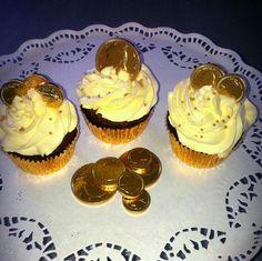 Money,money cupcakes