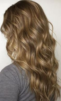 Methods To Curl Your Hair Overnight. Methods To Curl Your Hair Overnight. Blonde Braiding Hair, Ash Blonde Hair Dye, Brunette Hair, Curly Blonde, Light Brunette, Tape In Hair Extensions, How To Curl Your Hair, Hair Highlights, Golden Highlights